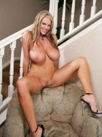 Kelly's All Natural 34FF's in a pink bra get released.  - MILF,  Big Tits,  Kelly Madison