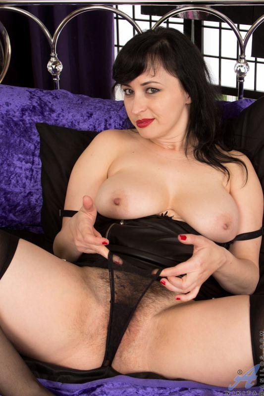 escort mistress wet pussy