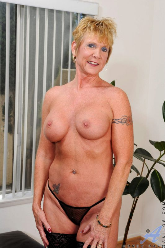 Big sexy breast sex mature striptease