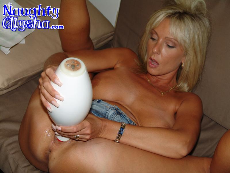 Milf slut blonde both ends