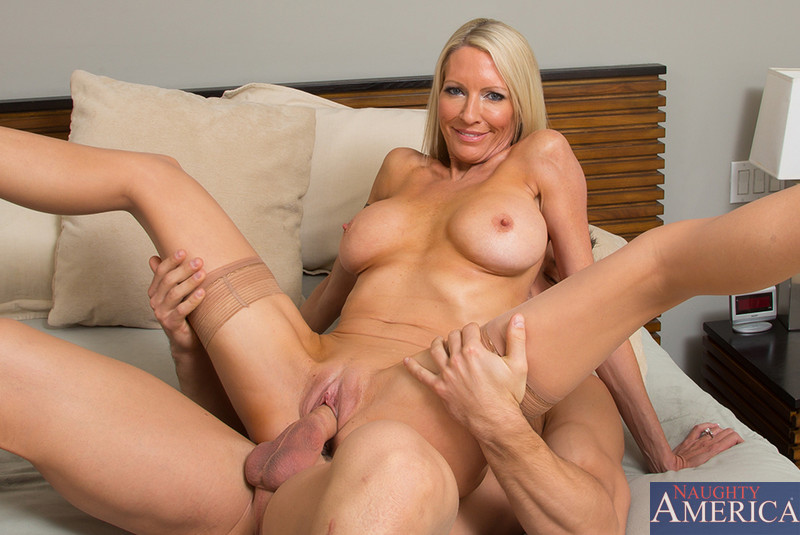 Kylie wild gets her fill from charlie laine
